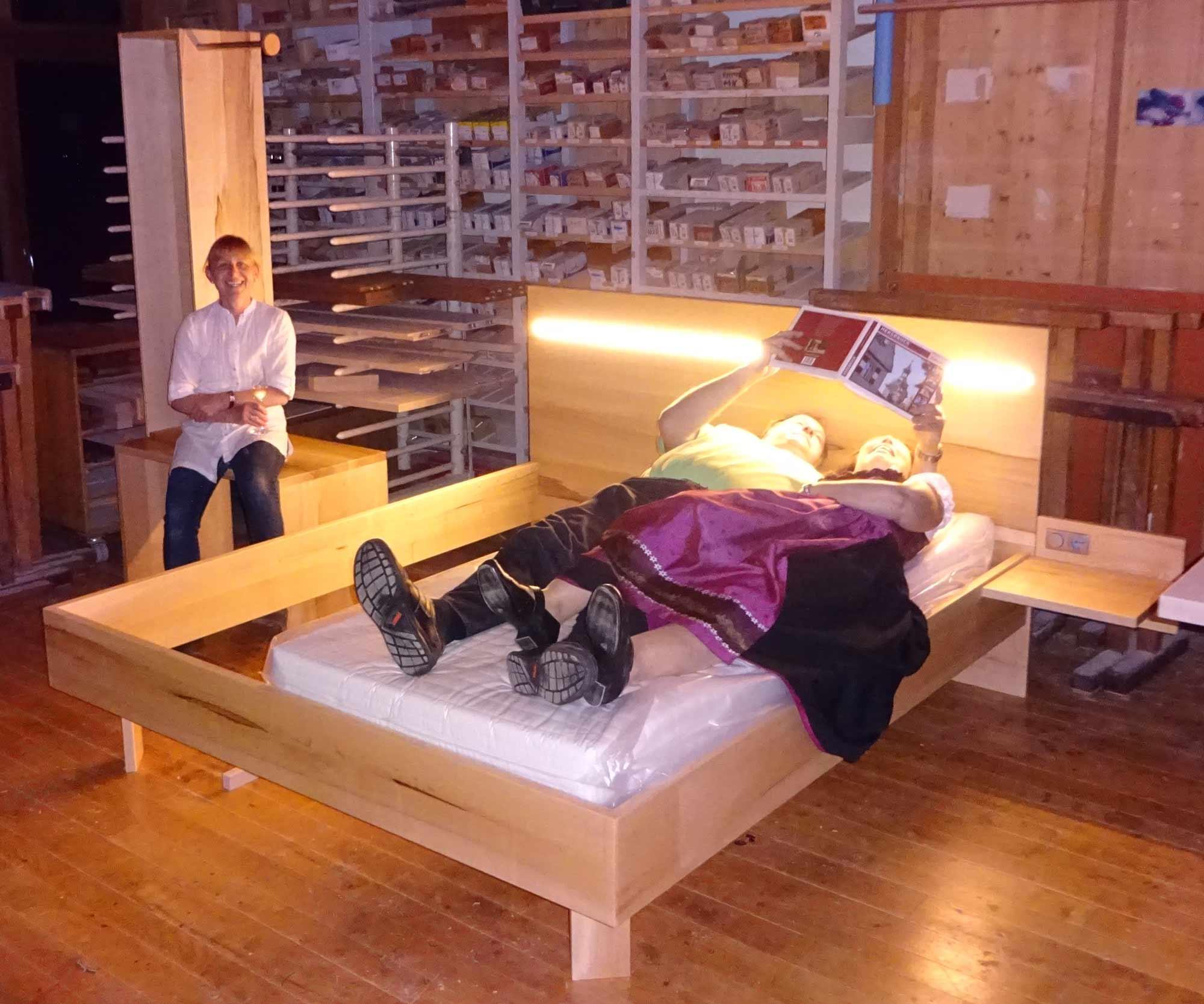 Wohnraumschiff Enterprise als Kinowerbung für die Werkstatt-Tage