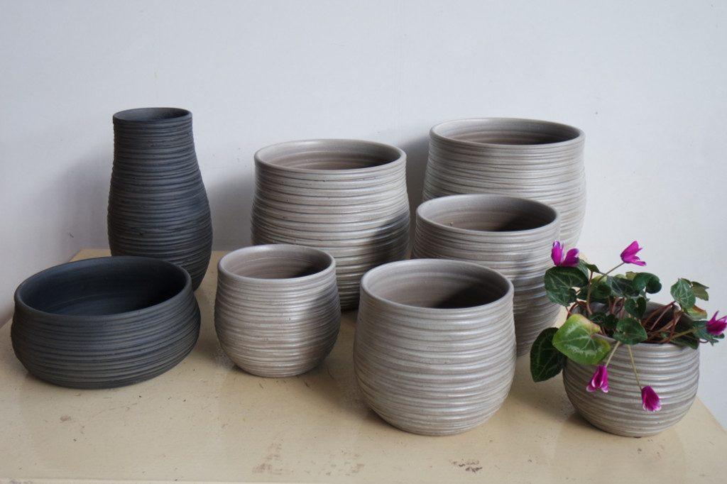 Pots 03