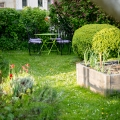The garden, where you can relax, eat, watch the quiet life of birds, flowers...