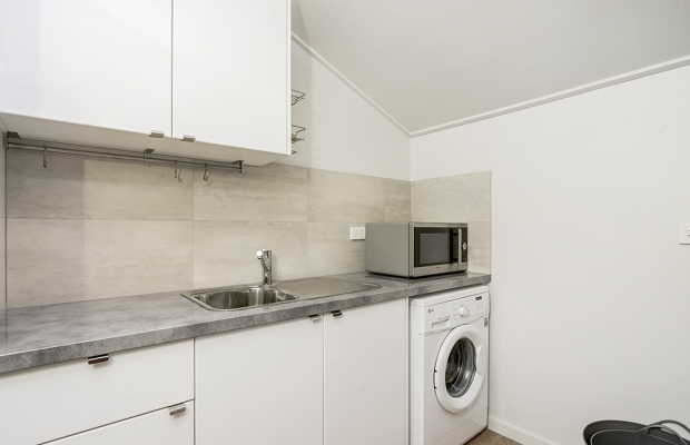 Private kitchenette, laundry.