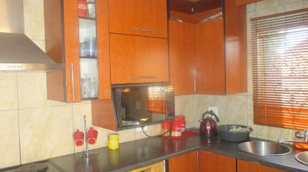R600 000 3 bed mabopane house for sale property info for Mokoena kitchen units mabopane