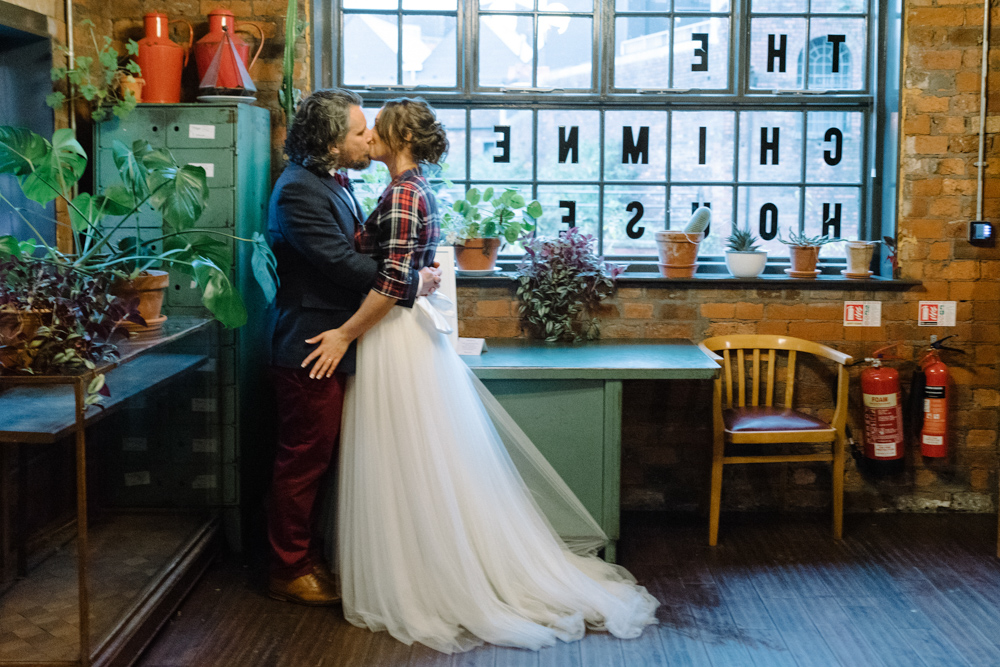 The Chimney House Sheffield Wedding The Mowbray Sheffield Alternative sheffield wedding photographer Alternative wedding Kelham Island sheffield wedding
