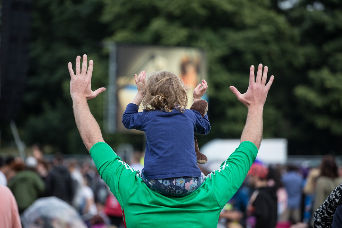 Hands up at LIMF!