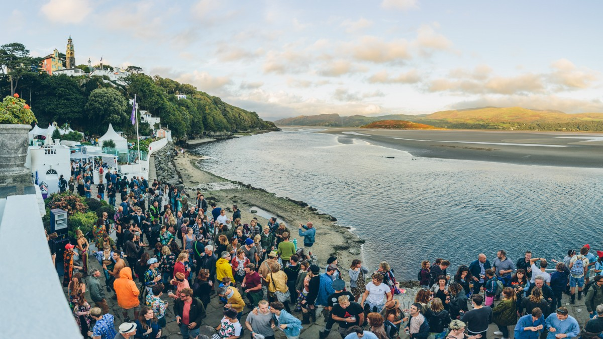 Festival Number 6 2016 review, best bands and what we learnt from Portmeirion