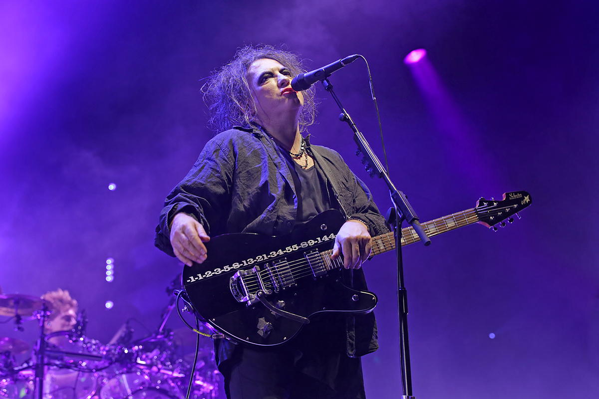 The Cure Performing at Manchester Arena - 29-11-2016
