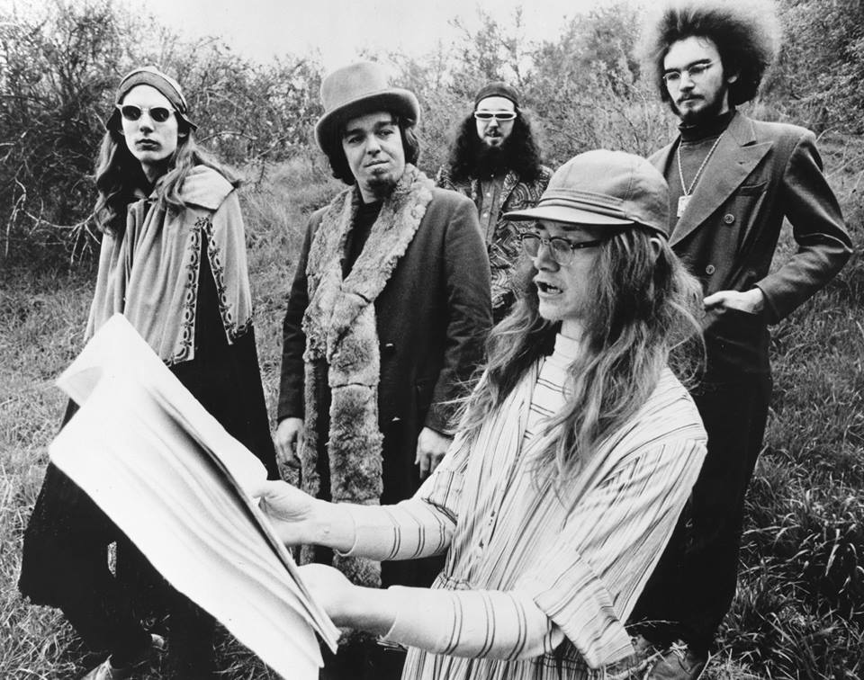 Captain Beefheart - Howling Wolf tribute act.