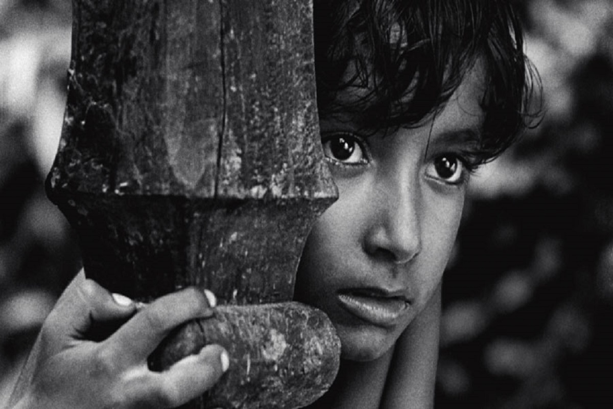 Subir Banerjjee in Satyajit Ray's Pather Panchali (Credit: BFI Facebook page)