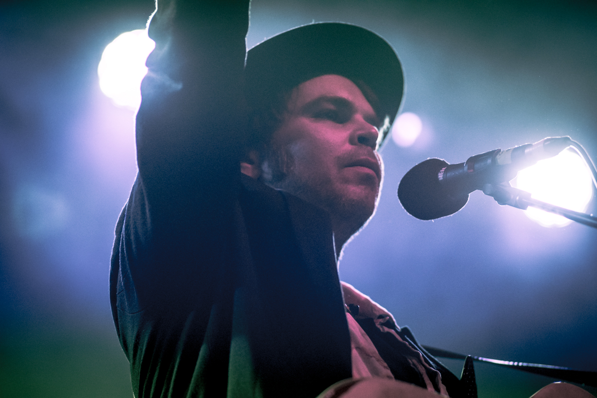 gaz_coombes_arts_club_Barrett_03