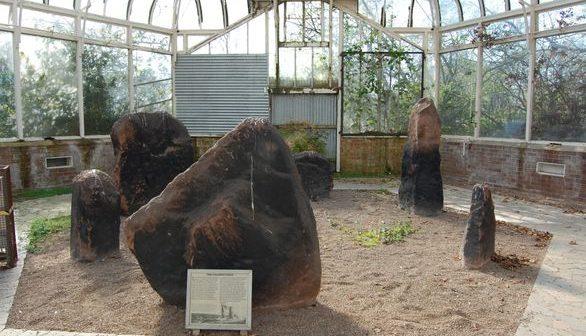 http---historic-liverpool.co.uk-wp-content-uploads-2016-01-Calderstones-in-glasshouse