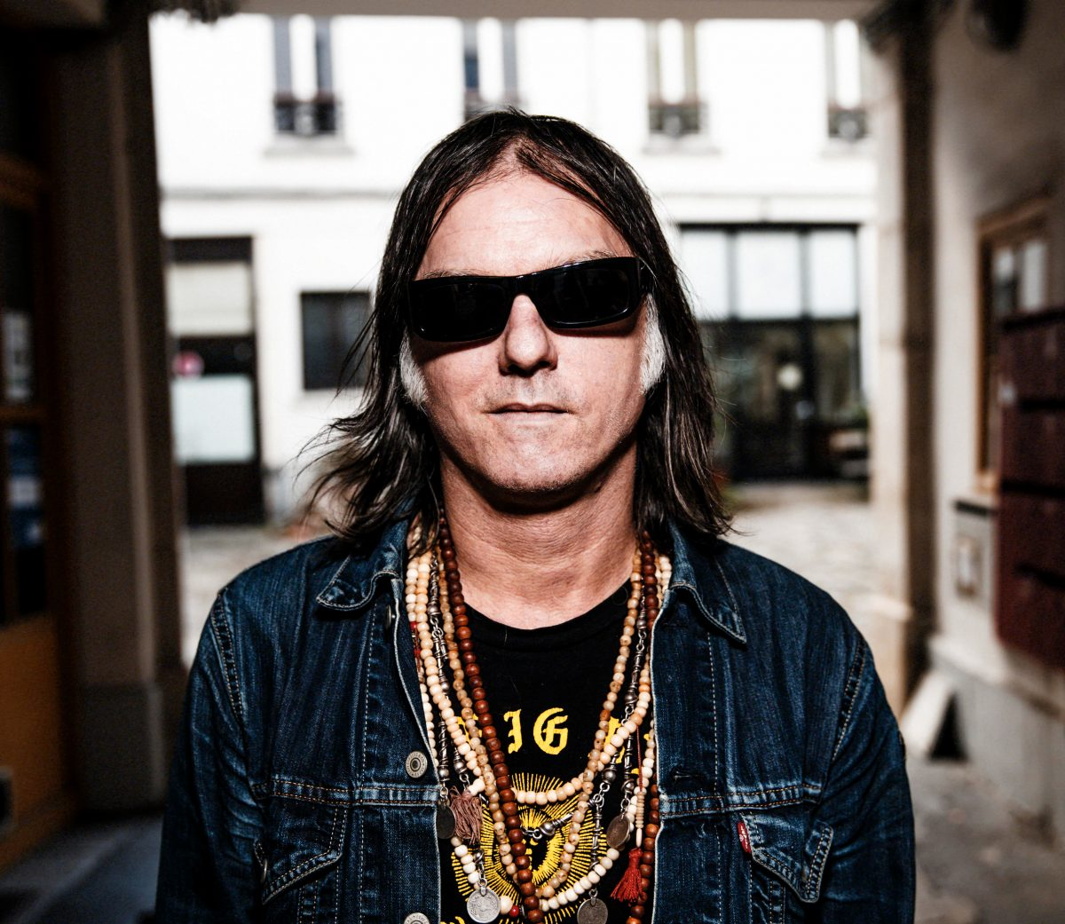 Anton Newcombe (photo credit: Thomas Girard)