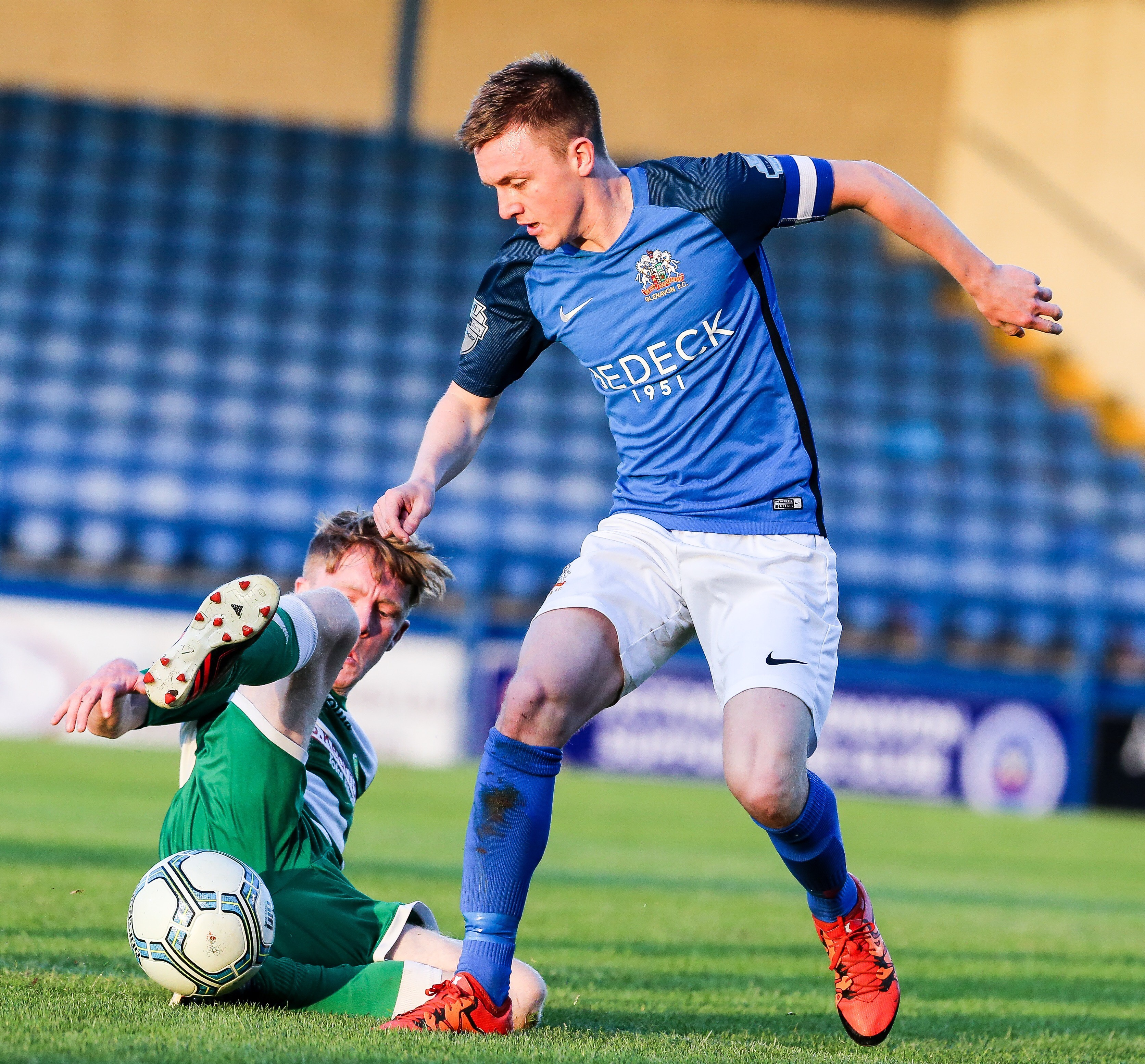 Glenavon 5-1 Donegal Celtic