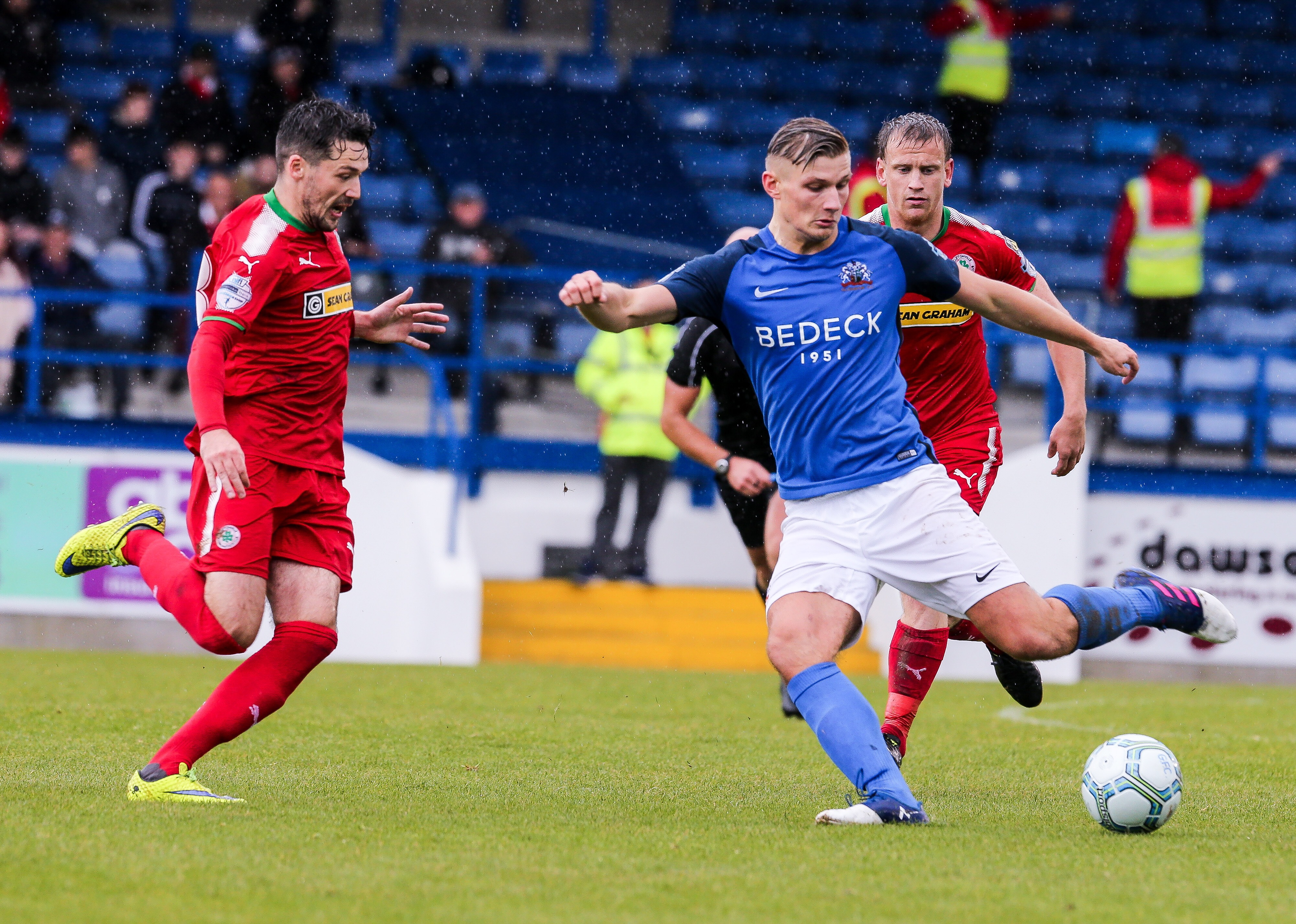 Preview: Cliftonville v Glenavon