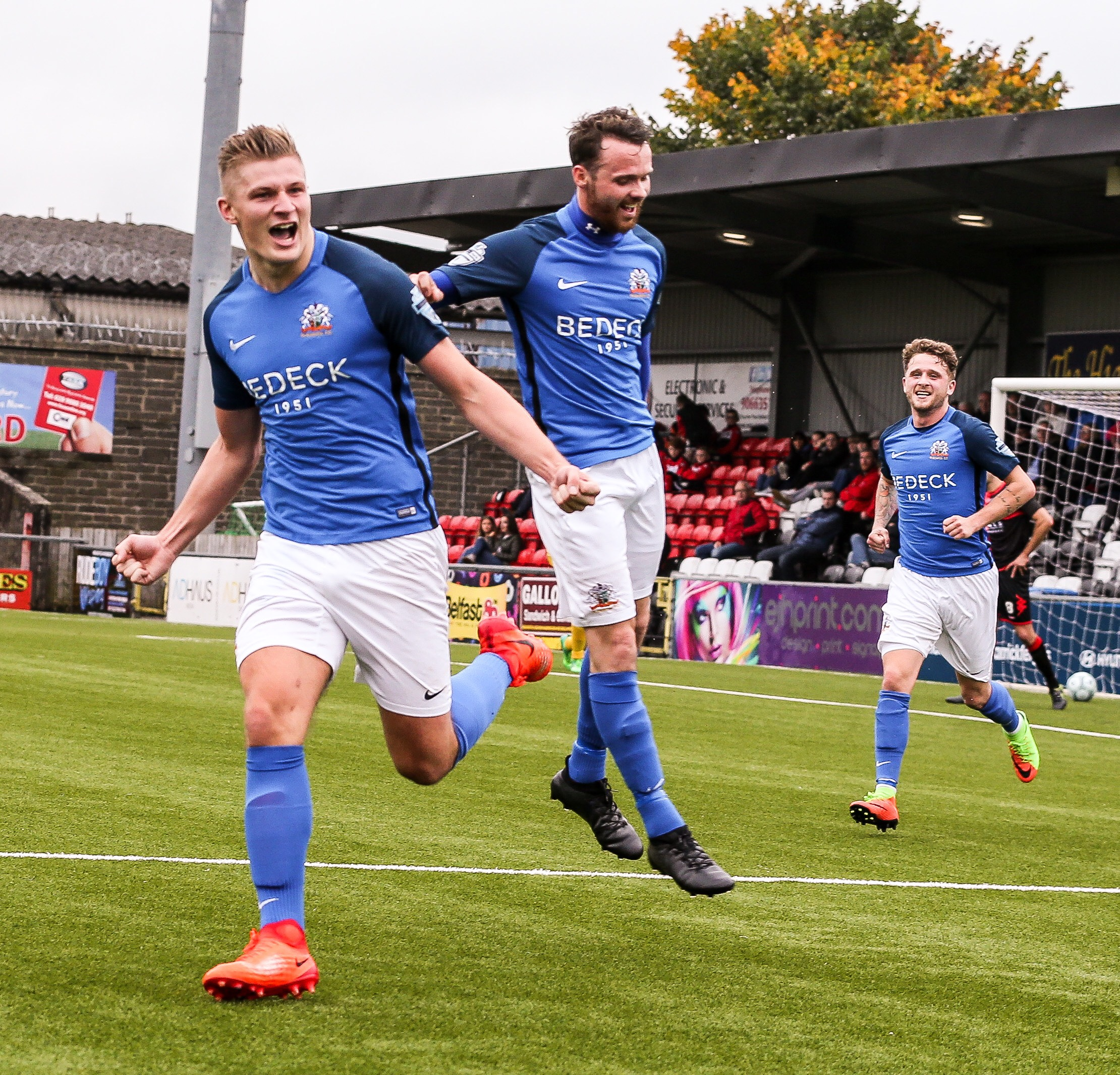 FT: Crusaders 2-3 Glenavon