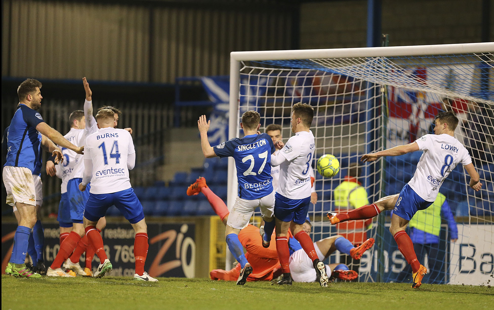 Linfield Grind Out Mourneview Win