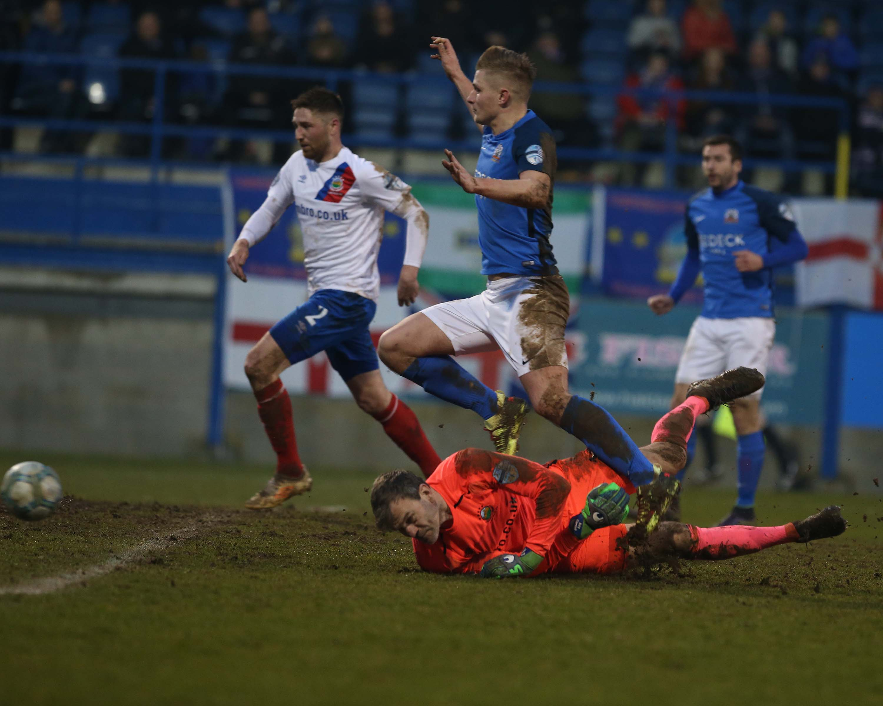 Glenavon Lose Out in Five Goal Thriller