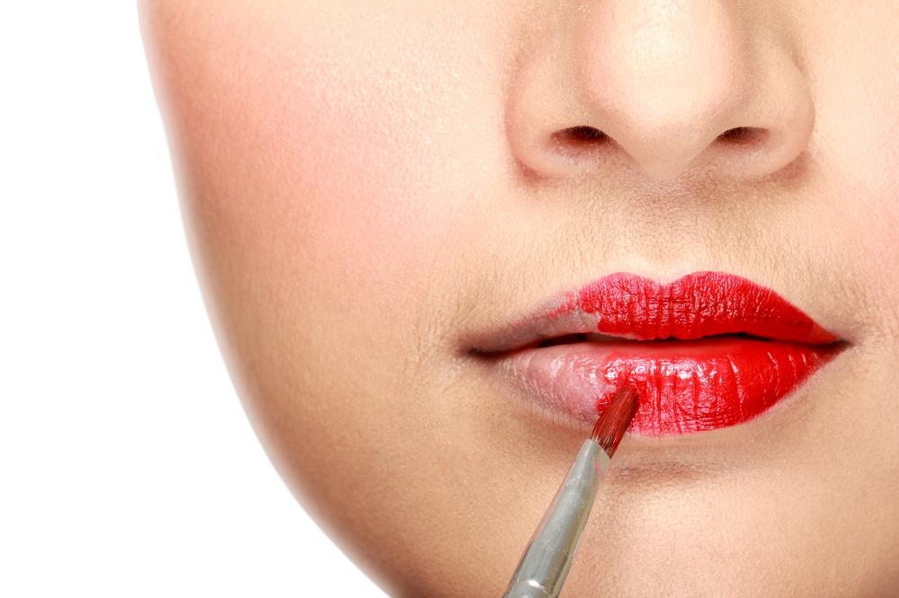 Longer lasting lipstick for parties