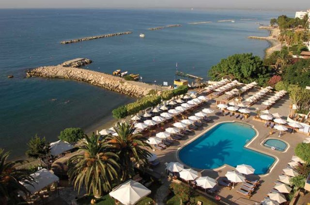 4 star hotel in Paphos, Cyprus | Louis Imperial Beach hotel | Louis Hotels