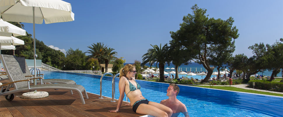lti louis grand hotel in Corfu - swimming pool