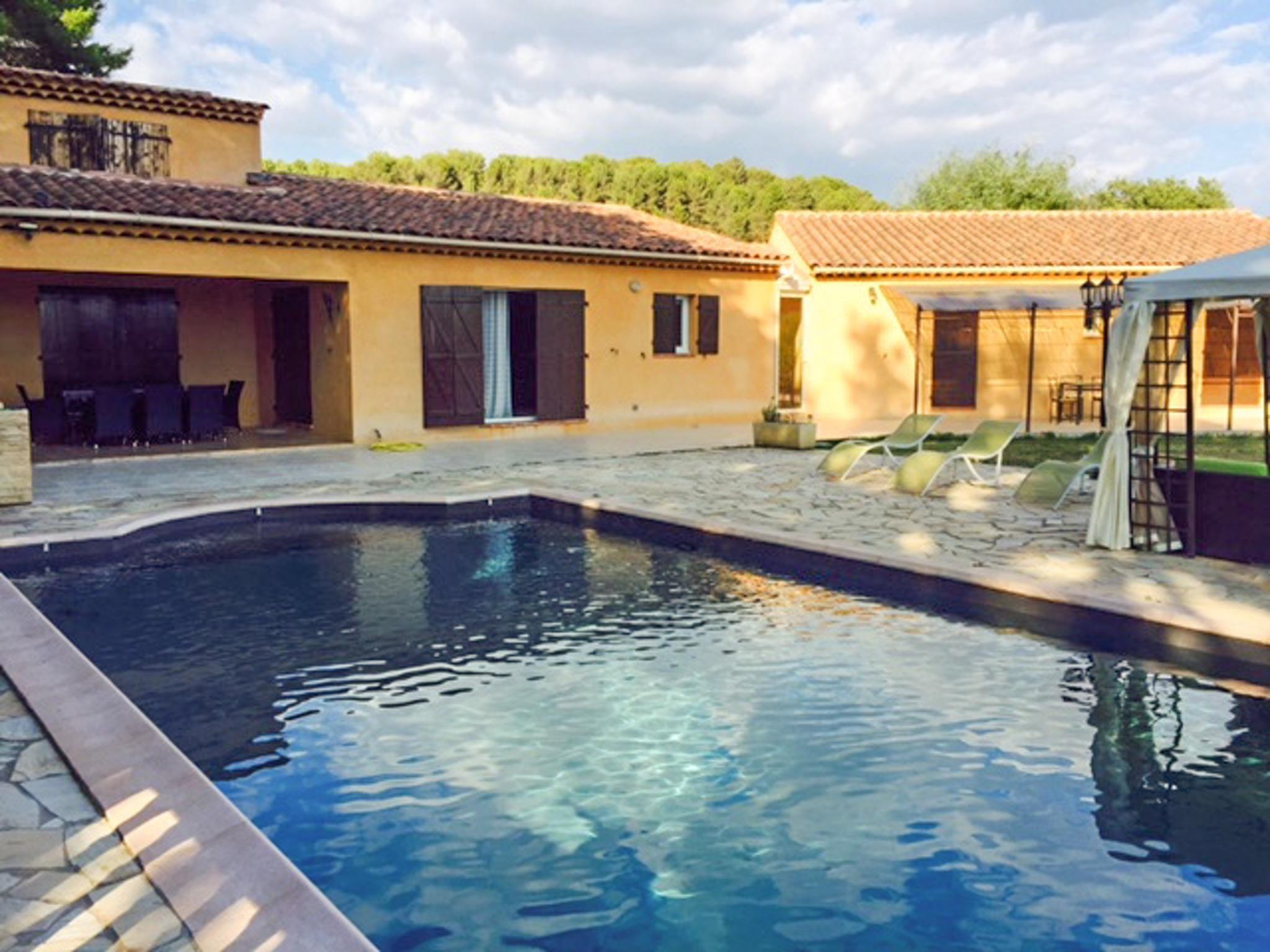 Ferienhaus Haus mit drei Schlafzimmern, Pool, Garten und Terrasse in der Luberon (2201928), Pertuis, Vaucluse, Provence - Alpen - Côte d'Azur, Frankreich, Bild 33