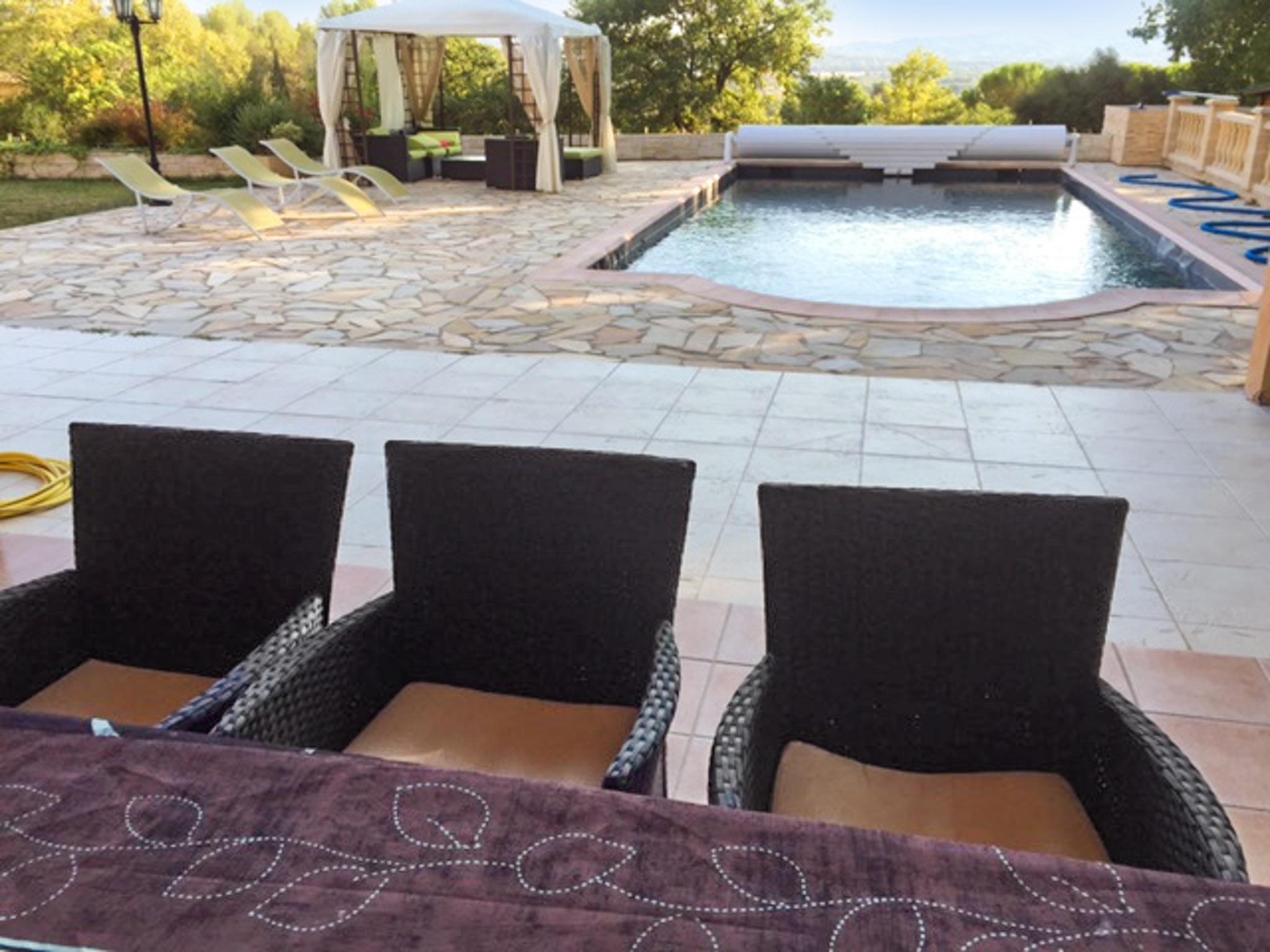 Ferienhaus Haus mit drei Schlafzimmern, Pool, Garten und Terrasse in der Luberon (2201928), Pertuis, Vaucluse, Provence - Alpen - Côte d'Azur, Frankreich, Bild 43