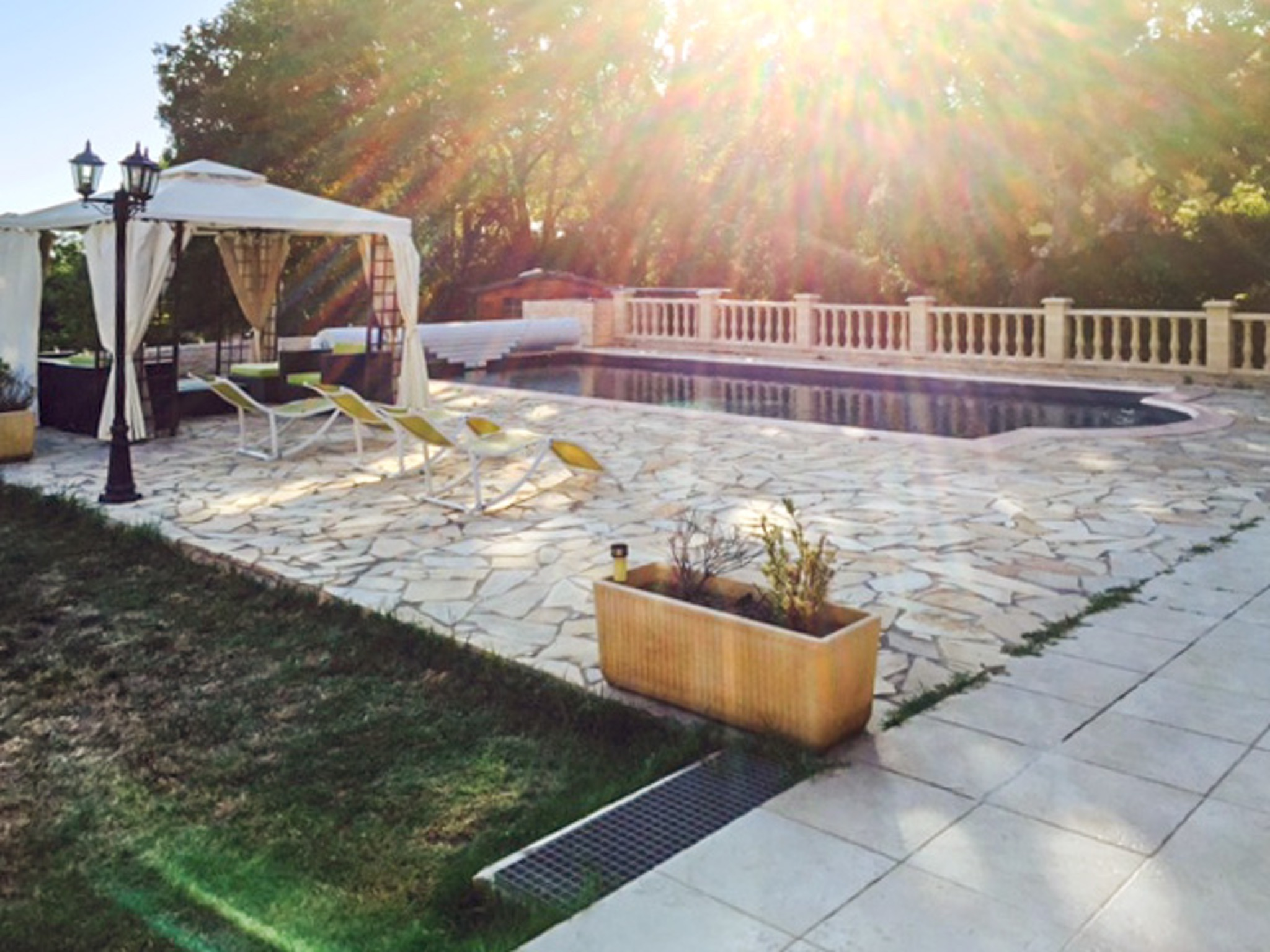 Ferienhaus Haus mit drei Schlafzimmern, Pool, Garten und Terrasse in der Luberon (2201928), Pertuis, Vaucluse, Provence - Alpen - Côte d'Azur, Frankreich, Bild 29