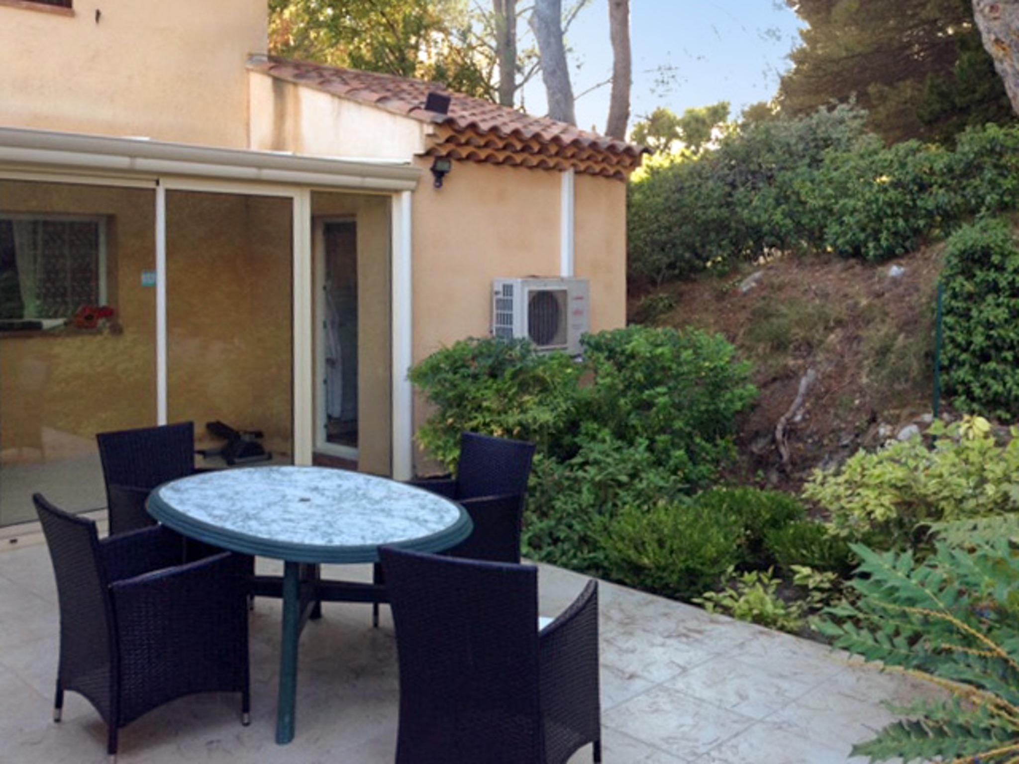 Ferienhaus Haus mit drei Schlafzimmern, Pool, Garten und Terrasse in der Luberon (2201928), Pertuis, Vaucluse, Provence - Alpen - Côte d'Azur, Frankreich, Bild 21