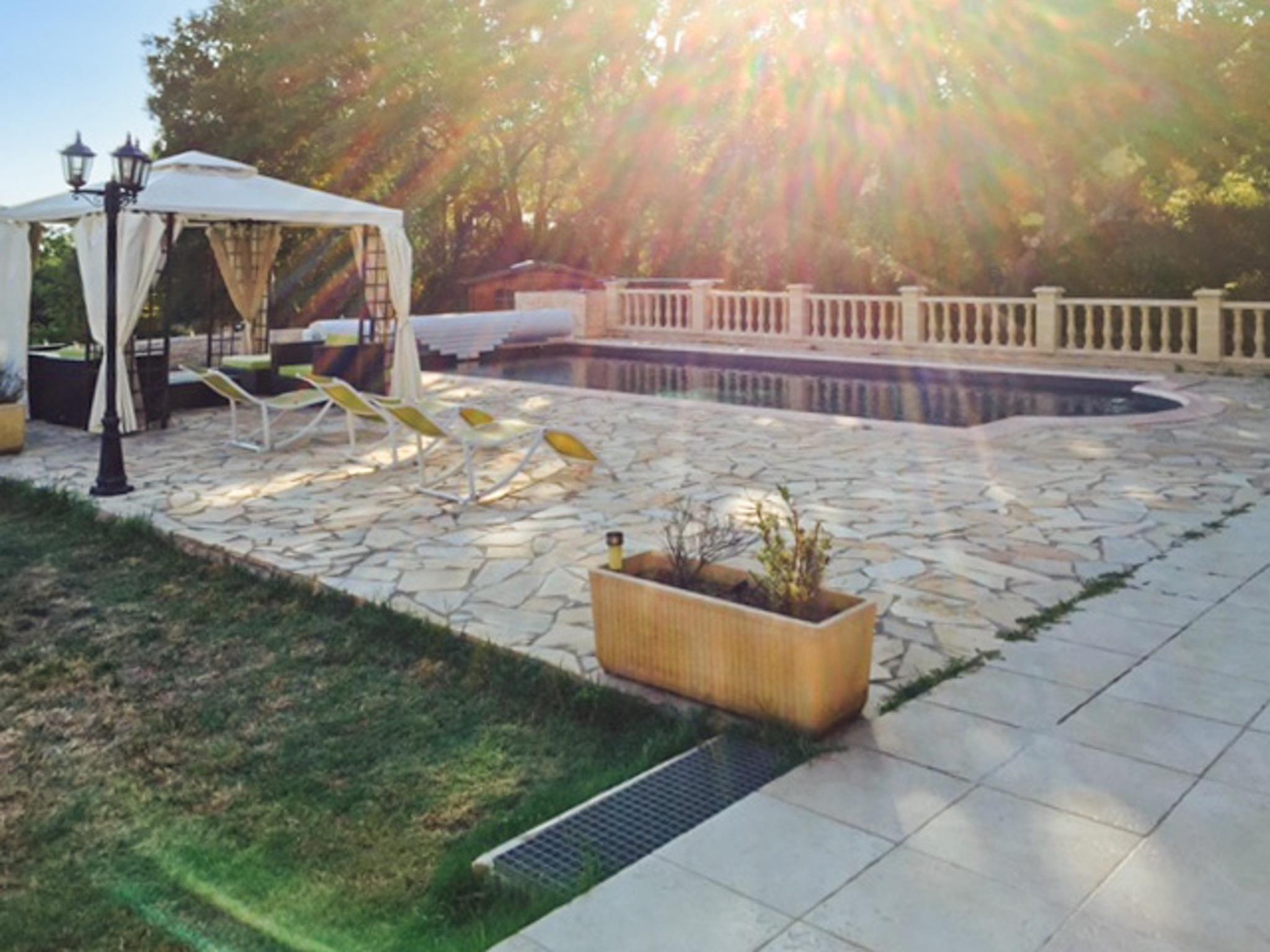Ferienhaus Haus mit drei Schlafzimmern, Pool, Garten und Terrasse in der Luberon (2201928), Pertuis, Vaucluse, Provence - Alpen - Côte d'Azur, Frankreich, Bild 30