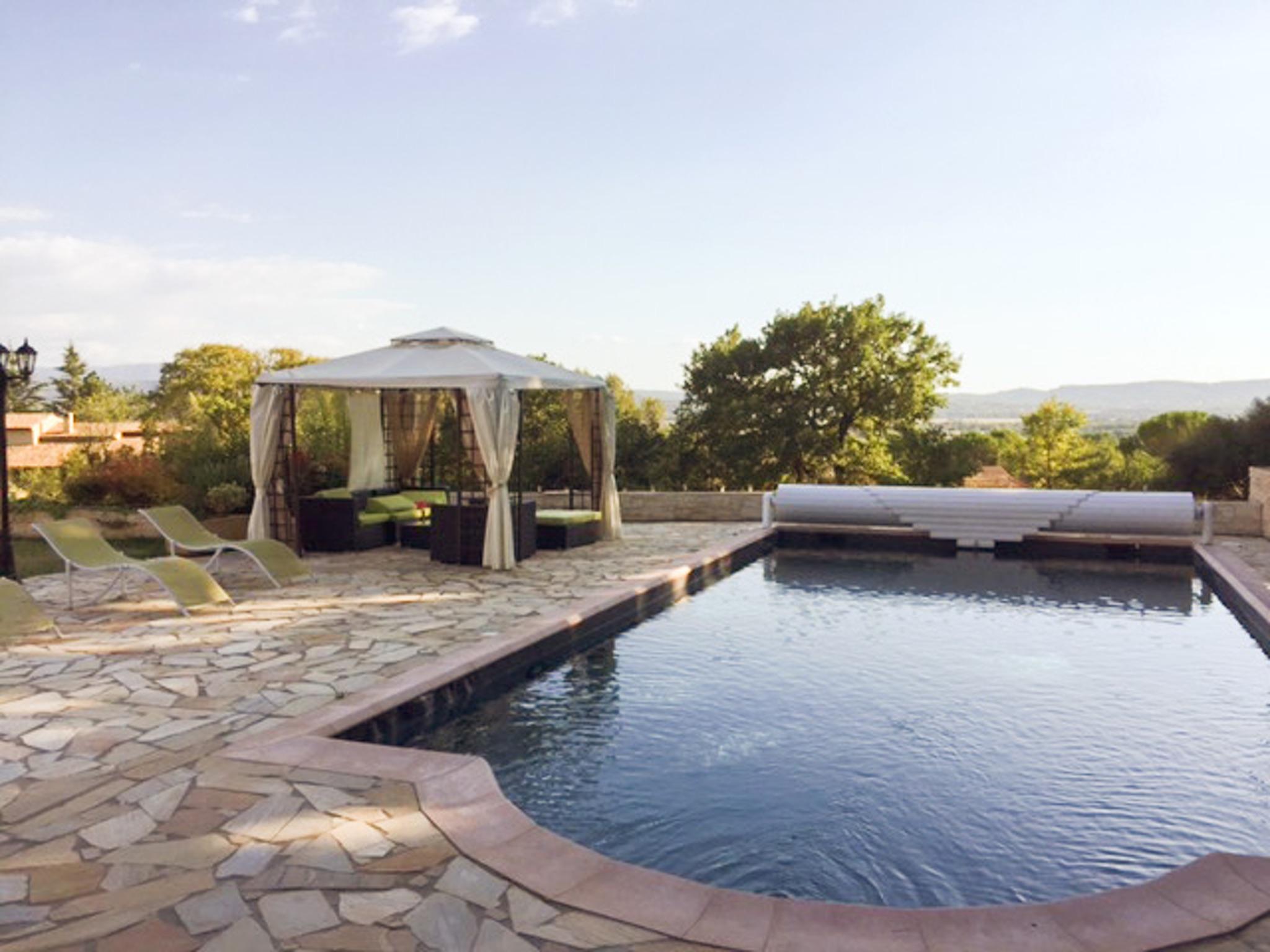 Ferienhaus Haus mit drei Schlafzimmern, Pool, Garten und Terrasse in der Luberon (2201928), Pertuis, Vaucluse, Provence - Alpen - Côte d'Azur, Frankreich, Bild 3