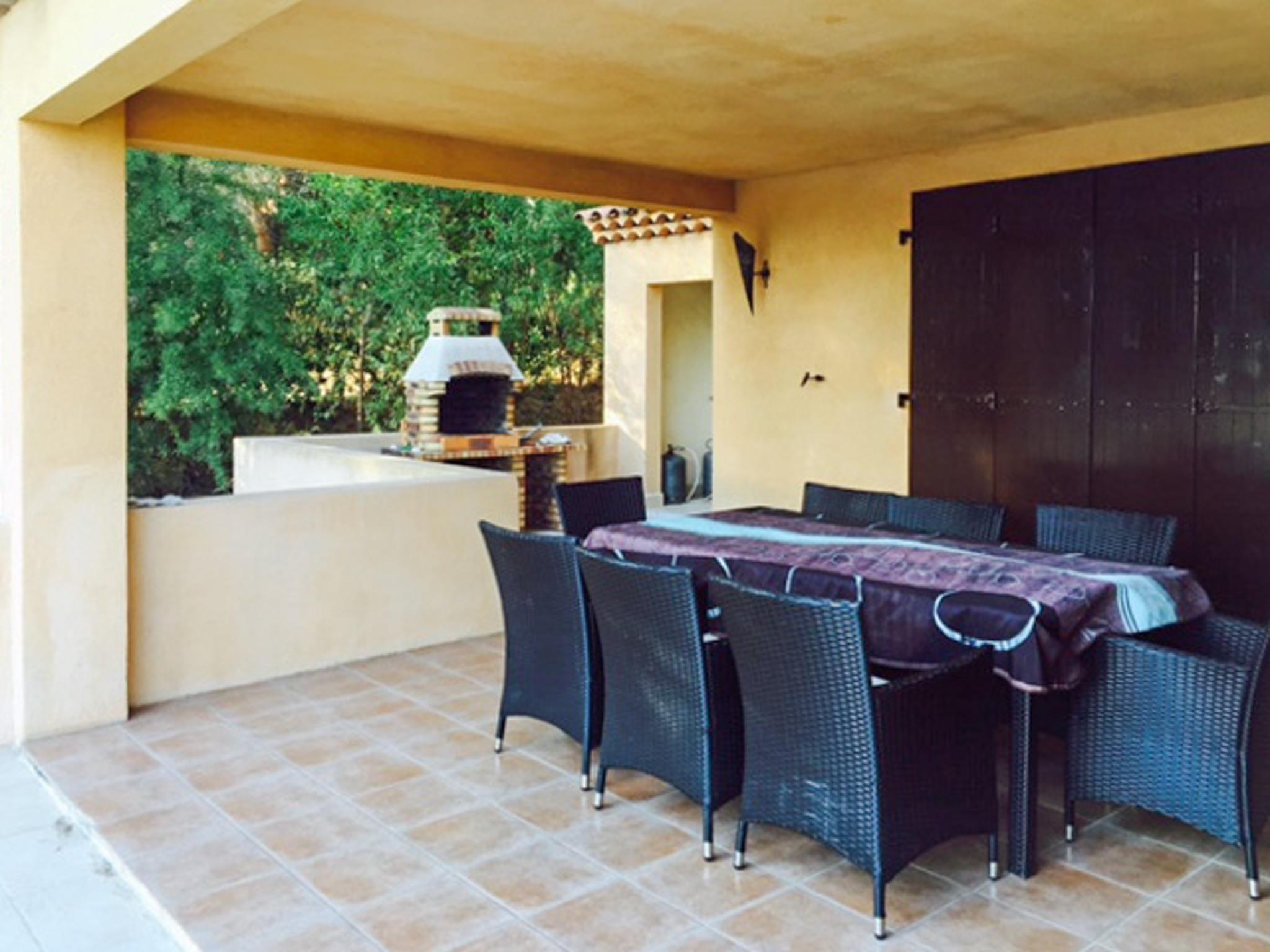 Ferienhaus Haus mit drei Schlafzimmern, Pool, Garten und Terrasse in der Luberon (2201928), Pertuis, Vaucluse, Provence - Alpen - Côte d'Azur, Frankreich, Bild 20