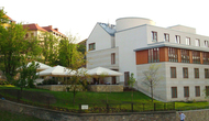 Hotel_castle_garden_small
