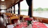 River_cruise_lunch