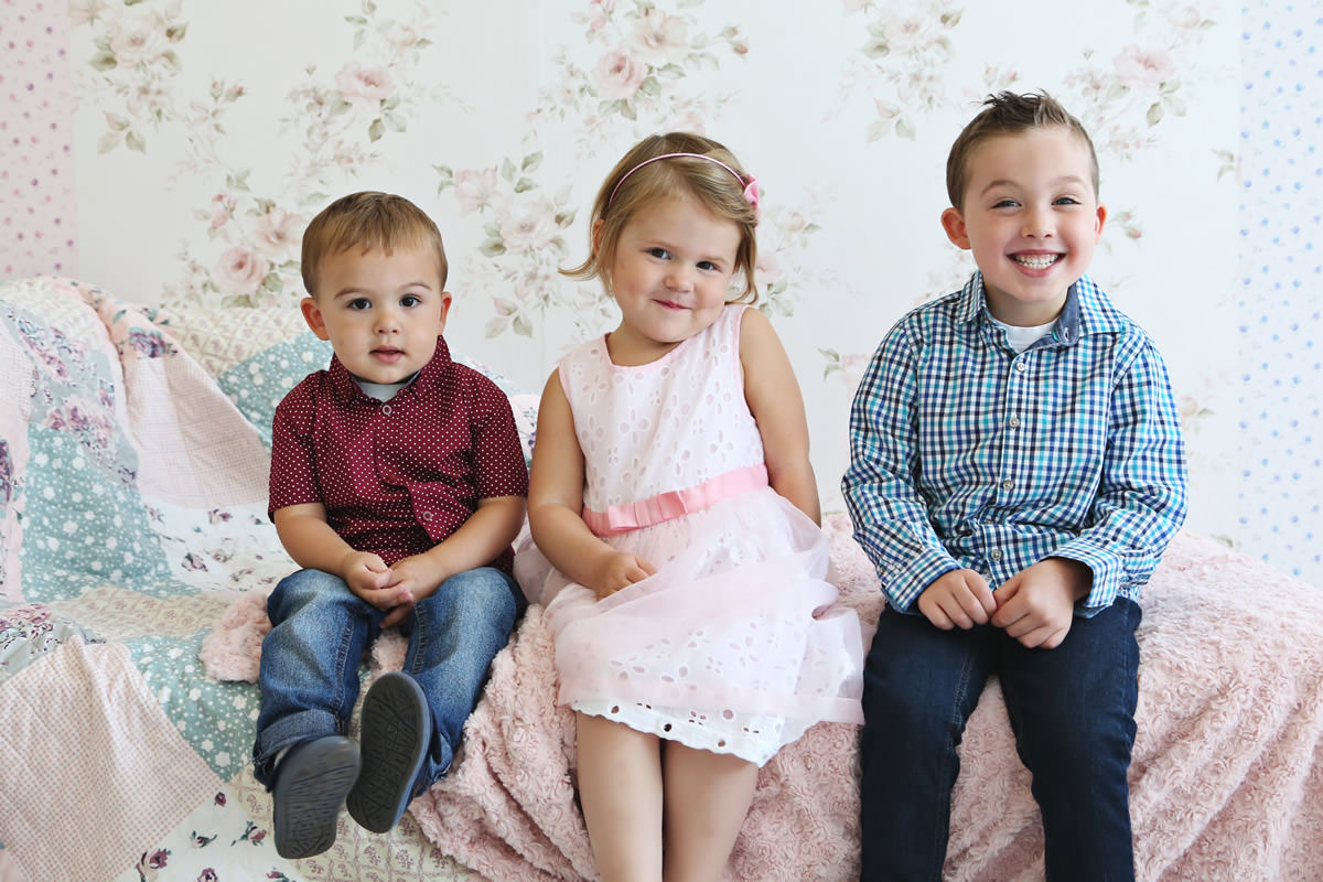 studio family photographer