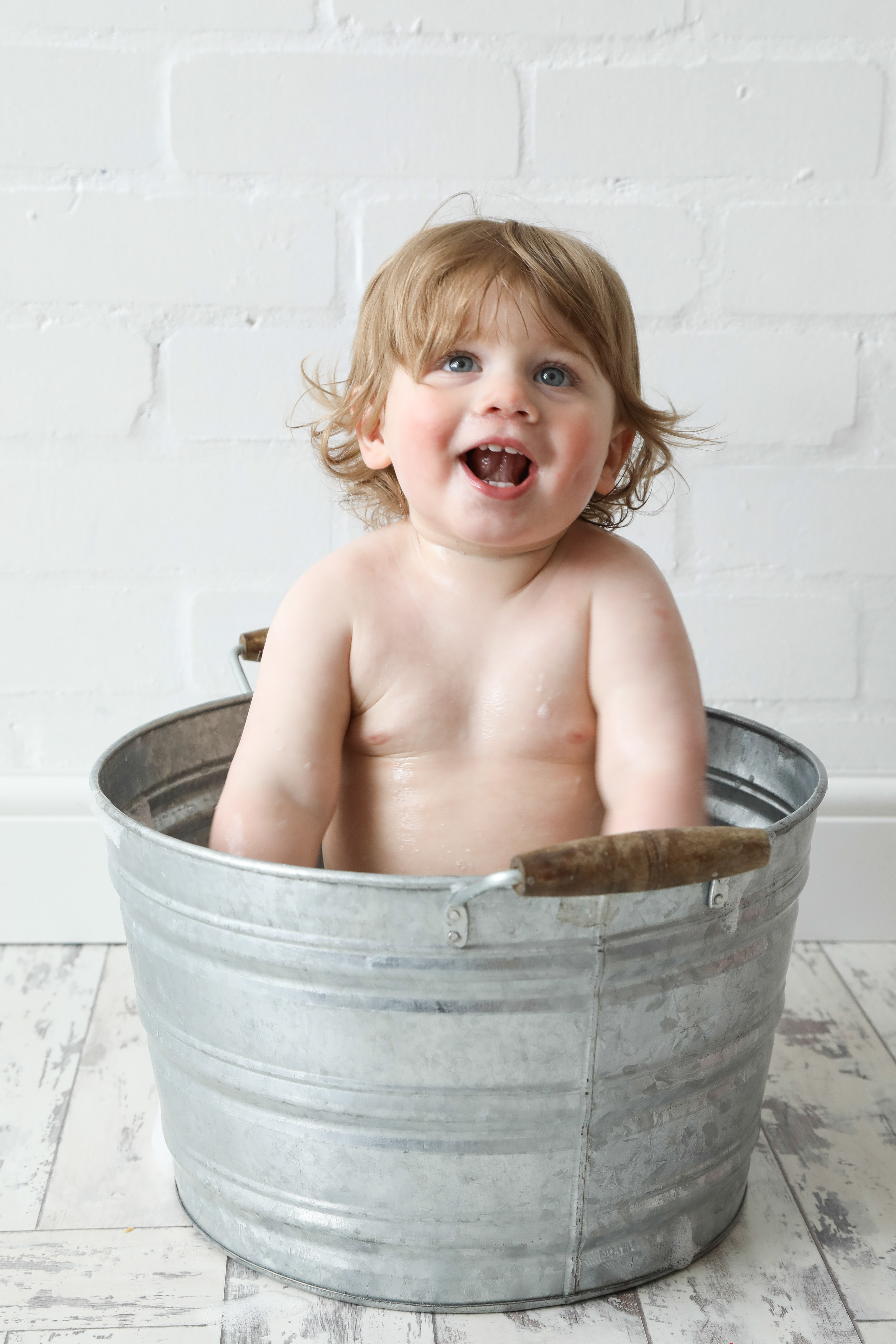 Baby Bath Photography Stockport and Manchester