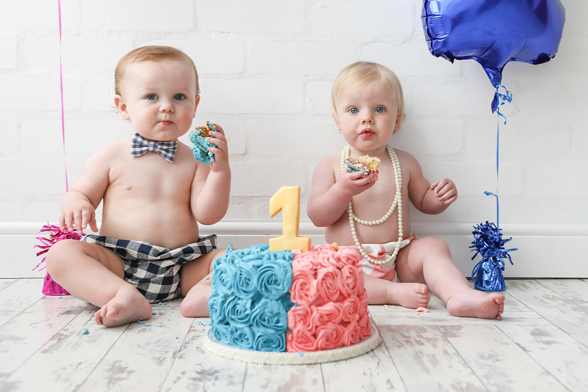 Twins Bump to Baby Cakesmash Photoshoot Manchester and Stockport