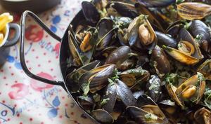 Moules marinières et poivrées sans vin | Il paraît que c'est bon !!!
