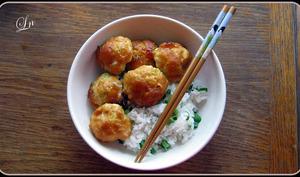 tsukune glacés à la sauce terriyaki et riz vinaigré
