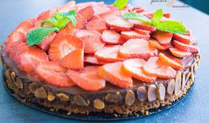 Gâteau chocolat-fruits rouges vegan