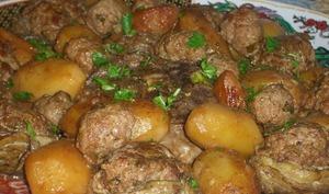 tajine d'agneau coeurs d'artichauts farcis en sauce plat Algérien