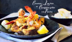 Plancha poisson au lieu noir, crevettes et courgettes grillés