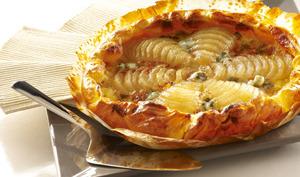 Tarte poire Roquefort avec les dés de roquefort Société