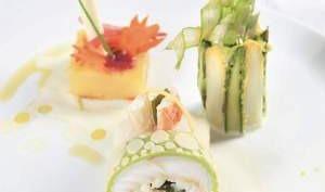 Turbot au crabe des neiges et kombu, émulsion citronnée, déclinaison d'asperges, pommes de terre confites et hareng fumé au goût du jour.
