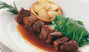 Brochette de magret et pepites de foie gras