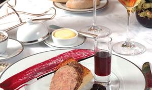 Foie gras d'oie cuit au torchon, Marmelade de Chasselas