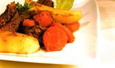 Daube de boeuf aux carottes et aux pommes de terre