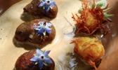 Rognons de veau sautés à la racine de chicorée, ses fleurs et râpés lourmarinois traditionnels