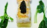 Langoustines xxl juste saisie, pommes rattes fumées, caviar d'aquitaine