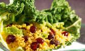 Salade de chou, grenade et couscous parfumé aux epices du monde