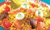 Salade du soleil au couscous parfumé et ses croûtons de pain au tzatziki