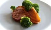 Tempeh aux brocolis et au fenouil végétalien
