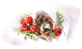 Agneau grillé à la sauge et tomates marinées